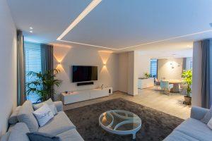 Voutenbeleuchtung Wohnzimmer modern